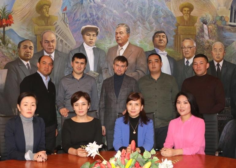 Юстиция министрлигинин Коомдук кеңешинин жаңы бекилген курамынын биринчи жыйыны болуп өттү