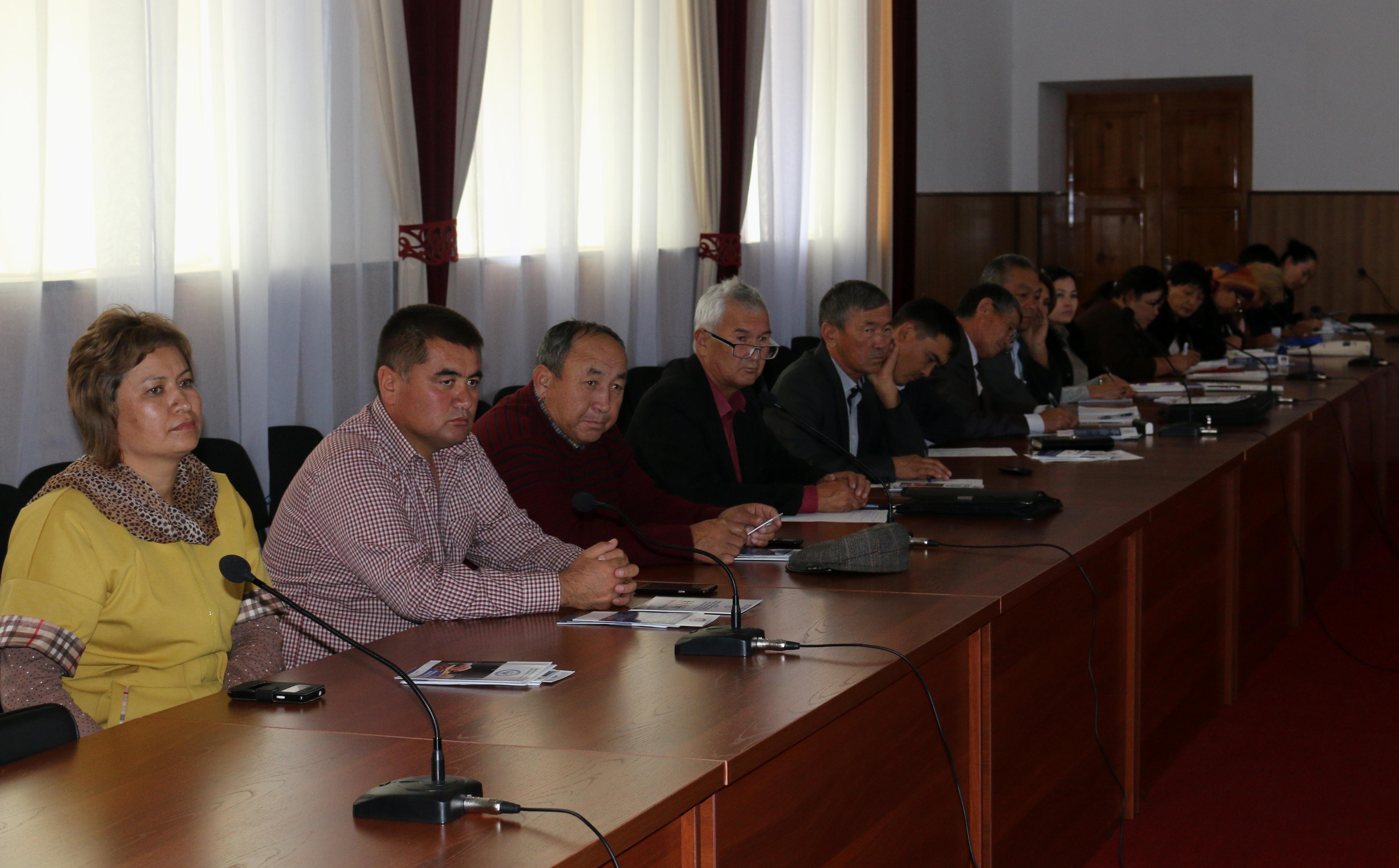 Начальник Управления юстиции Иссык-Кульской области встретился с представителями органов местного самоуправления Иссык-Кульского района