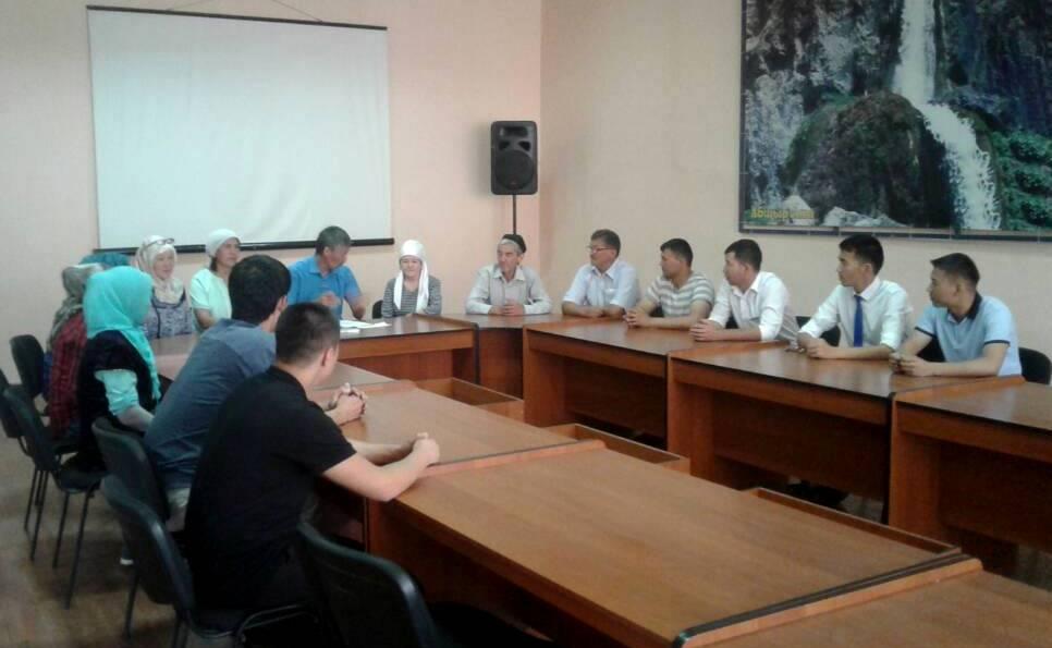 Государственные нотариусы Ошской области продолжают работу по повышению Индекса доверия населения к органам юстиции