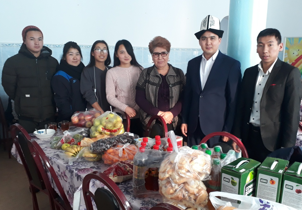 Территориальные подразделения Министерства юстиции Кыргызской Республики провели благотворительную работу в рамках месячника «Мы вместе!»