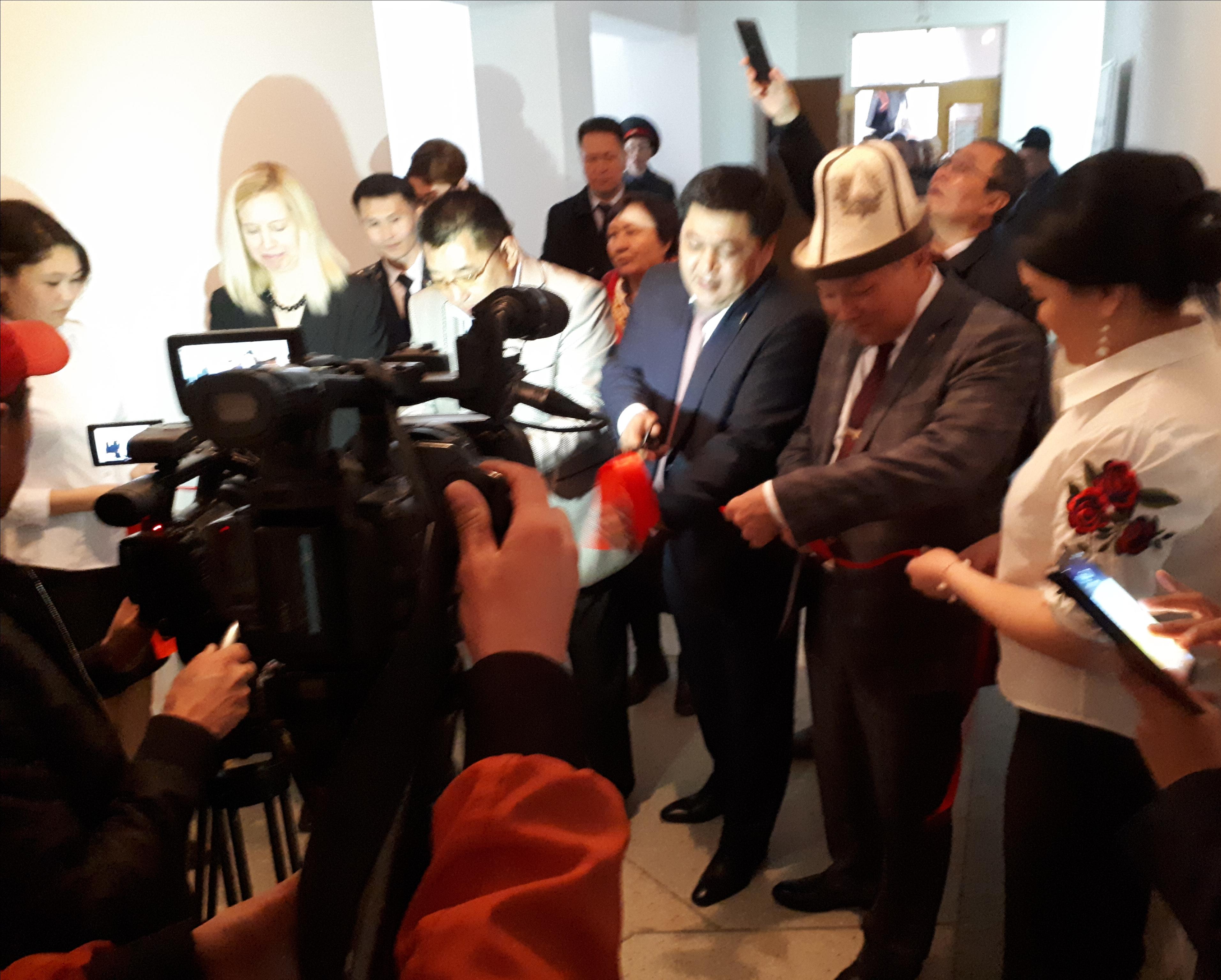 Министерство юстиции Кыргызской Республики провело торжественное открытие двух Центров бесплатной юридической помощи в городе Нарын и селе Кочкор