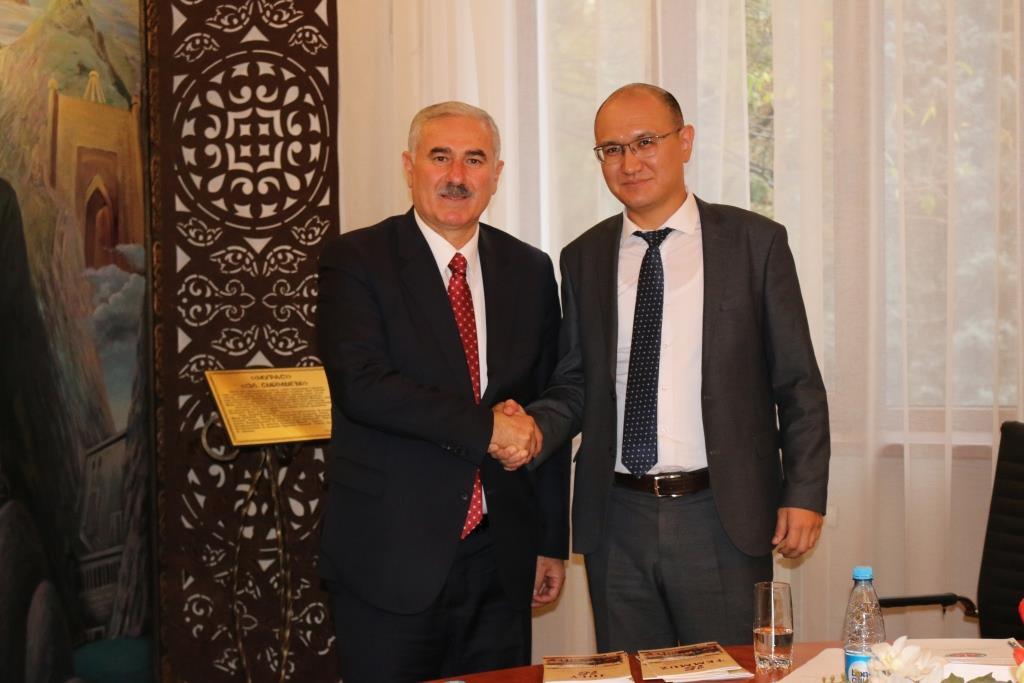 Юстиция министри Марат Джаманкулов жана Түркиянын Башкы прокурору кызматташуу маселелерин талкуулашты