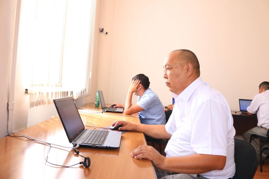 Юстиция министрлигинде адвокаттык лицензия алууга талапкерлер үчүн кезектеги квалификациялык экзамен өткөрүлүүдө