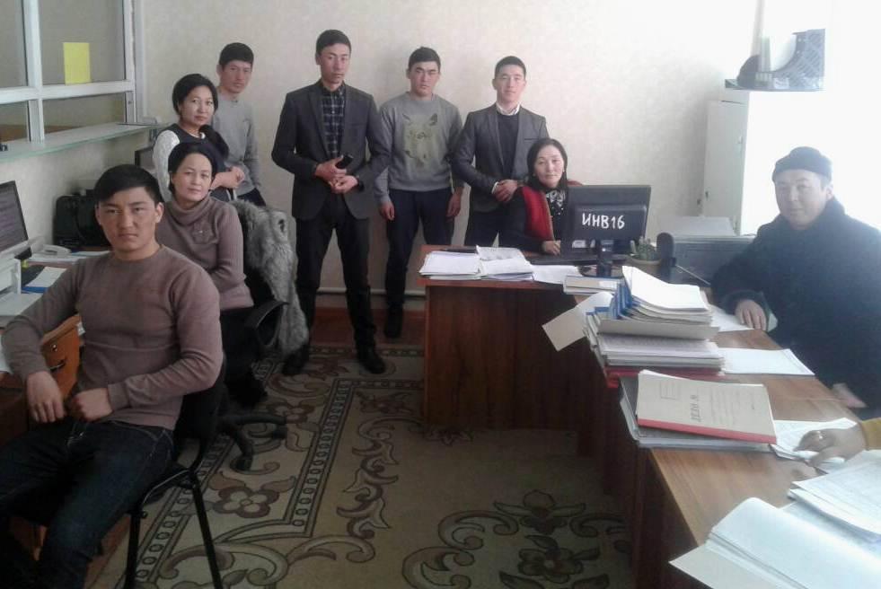 Государственные нотариусы Жалал-Абадской области провели рабочие встречи в Тогуз-Тороуйском и Аксыйском районах