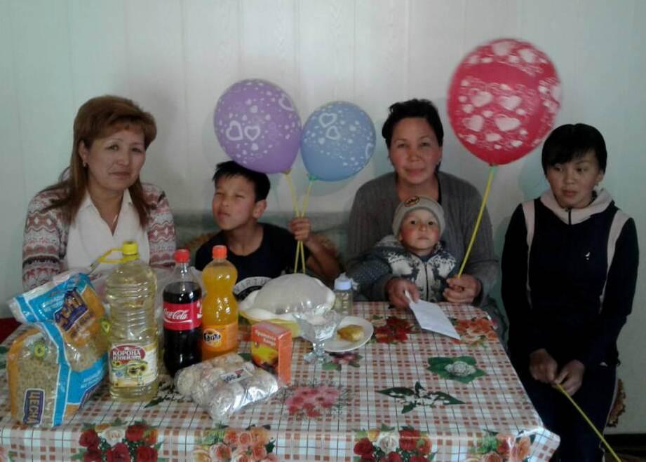Государственные нотариусы Иссык-Кульской области провели ряд благотворительных работ по области