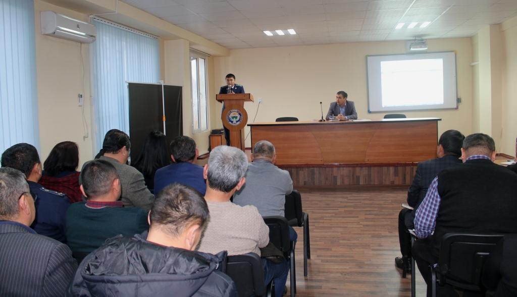Сотрудники Управления юстиции Ошской области и города Ош провели встречу с работниками Налоговой службы