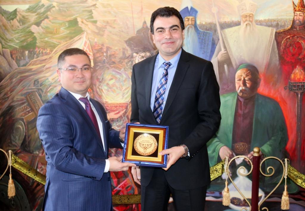 Министерство юстиции Кыргызской Республики посетила делегация Министерства юстиции Турецкой Республики во главе с заместителем министра Мусой Хейбетом