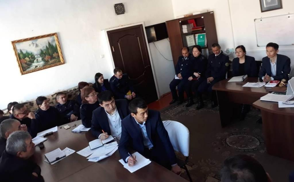 Сотрудники Управления юстиции Нарынской области провели встречу с сотрудниками налоговых органов