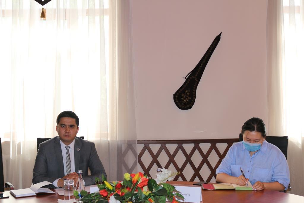 Кыргыз Республикасынын Юстиция министрлигинде качкындар иштери боюнча кызматташуу маселелери талкууланды