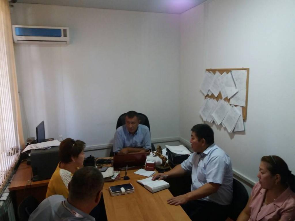 Государственный нотариус Кочкорского района Нарынской области провел семинар для представителей банков Кочкорского района