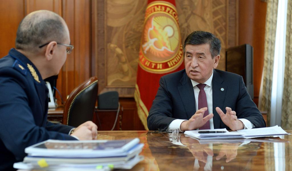 Президент Сооронбай Жээнбеков принял министра юстиции Марата Джаманкулова по вопросам цифровизации органов юстиции