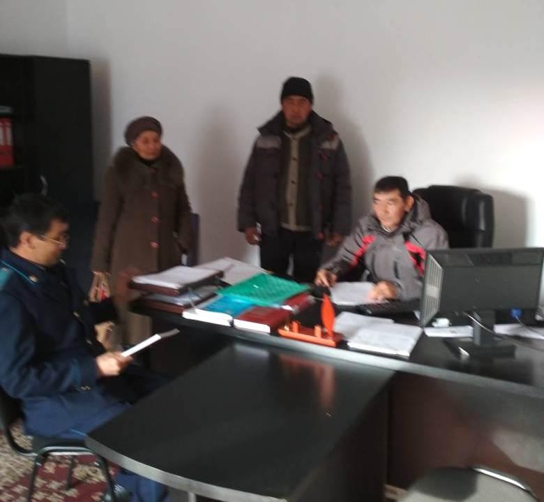 Государственный нотариус Токтогульского района встретился с сотрудниками отдела МЧС по Токтогульскому району