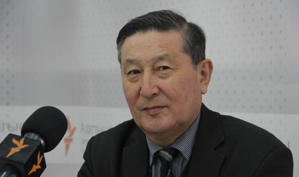 Некролог об экс-министре юстиции КР Чолпонбаеве Мукаре Шалтаковиче