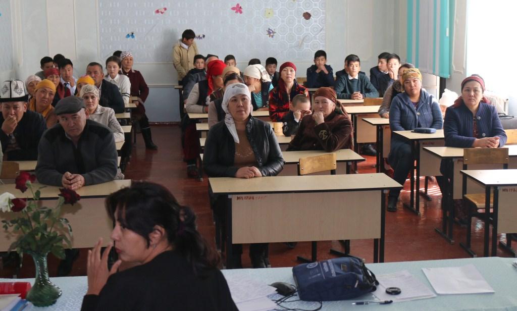 Баткен облусунда Кыргыз Республикасынын Юстиция министрлигинин «Тилектештик автобусу» долбоору иштей баштады