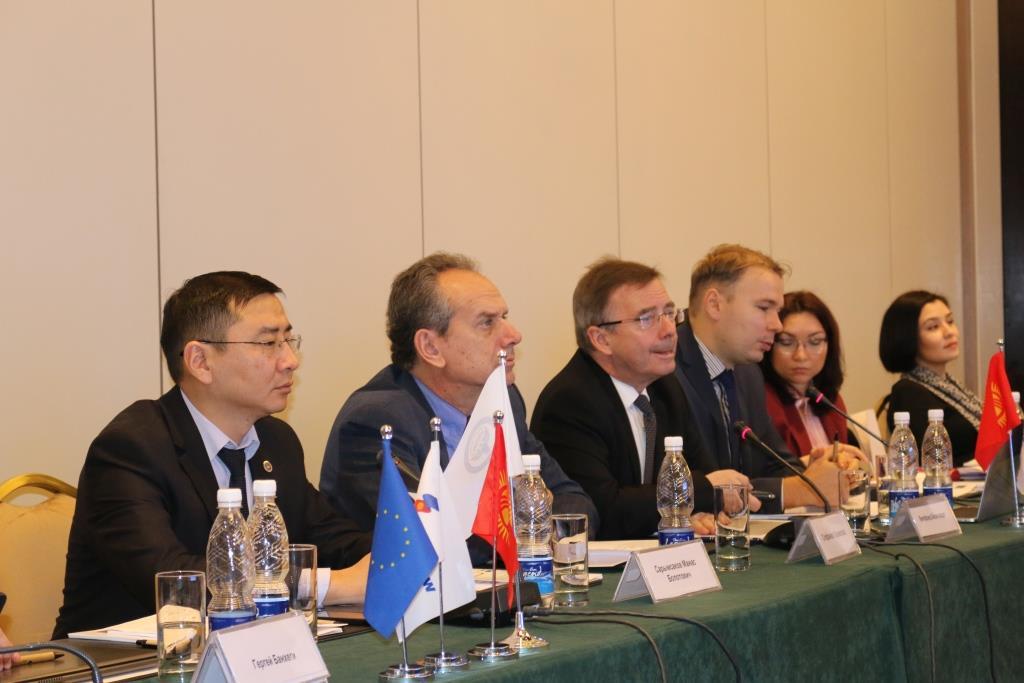 Эксперты обсудили вопросы по внедрению автоматизации нормотворческой деятельности в Кыргызстане