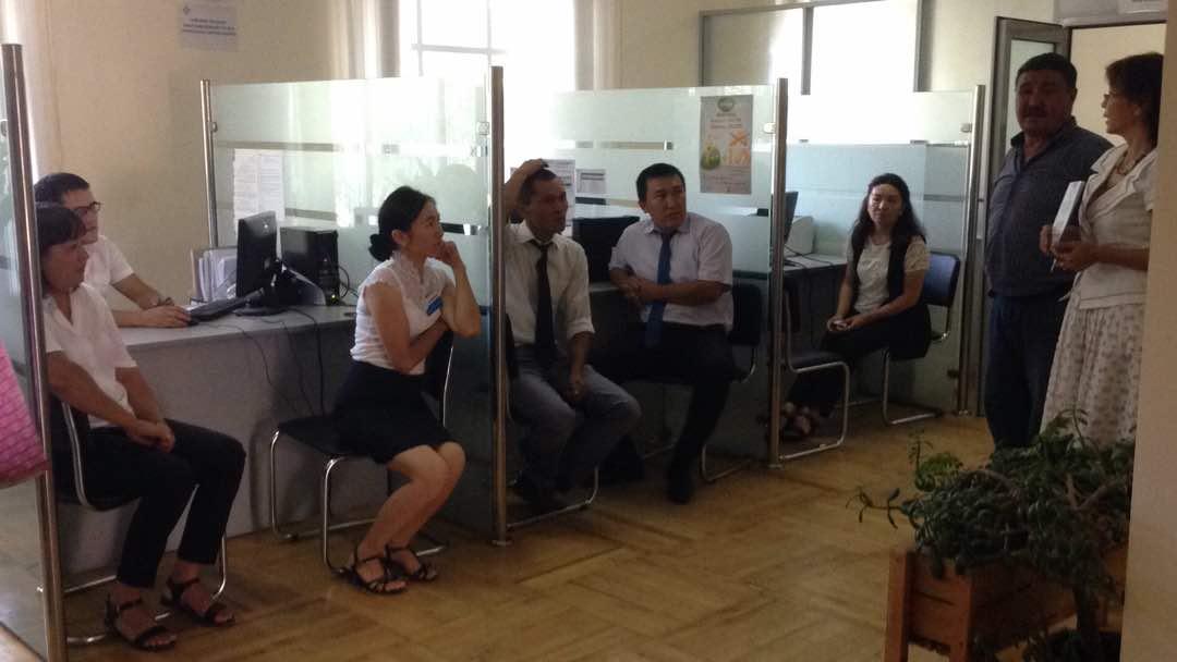 Управление юстиции Иссык-Кульской области продолжает работу по повышению индекса доверия населения к органам юстиции