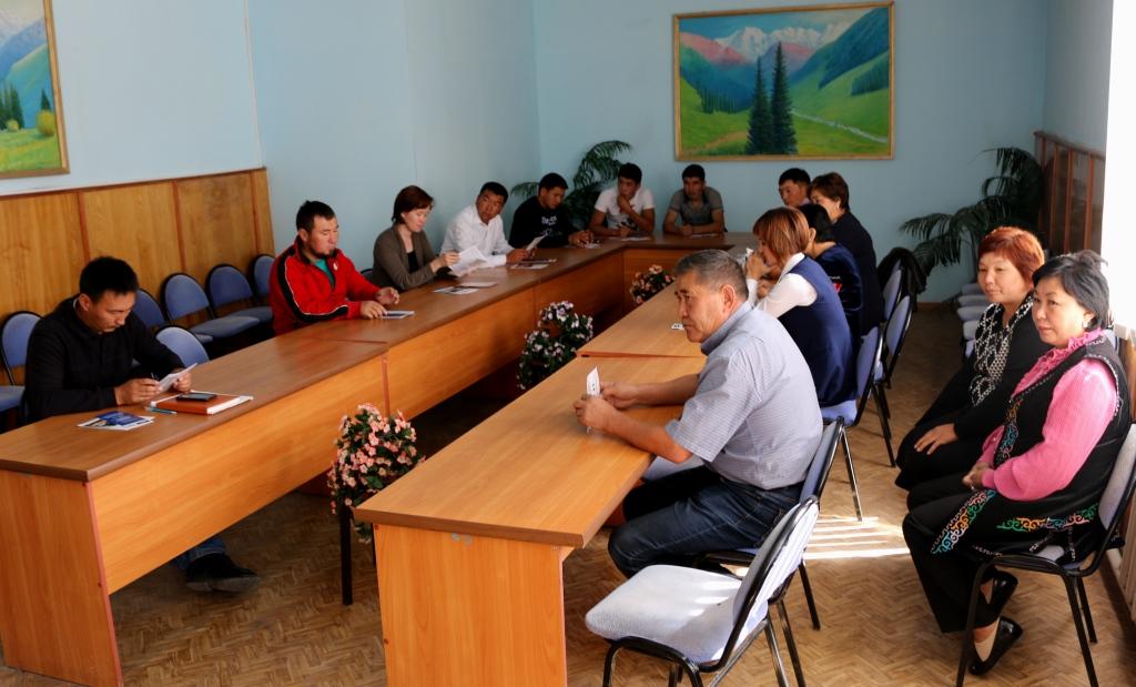 Сотрудники Управления юстиции Иссык-Кульской области провели встречу с представителями молодежных организаций