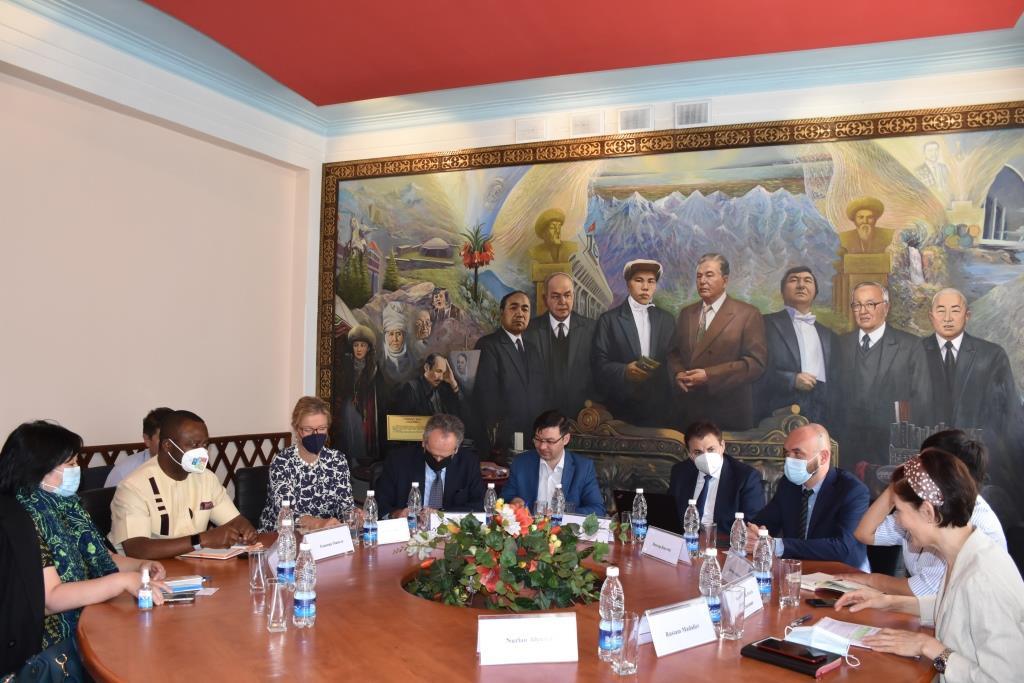 Кыргыз Республикасынын Юстиция министрлигинде Кыргыз Республикасынын мыйзамдарын инвентаризациялоо процессинин ишке ашырылышы боюнча жолугушуу өткөрүлдү