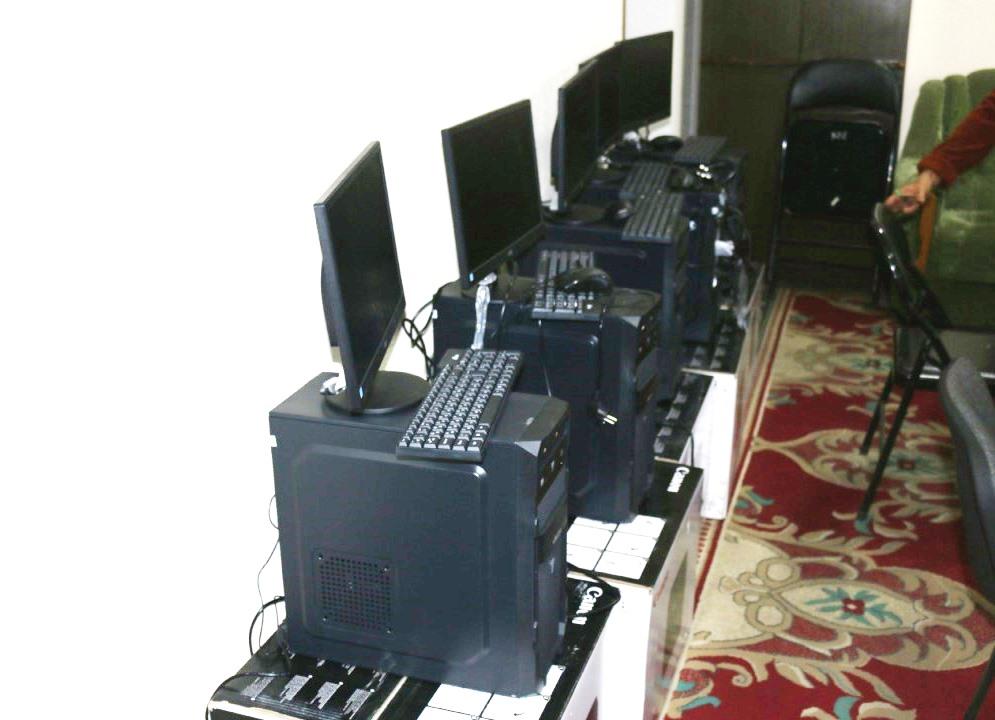 Ыссык-Көл облусунун юстиция органдарына жаңы компьютерлер менен эмеректер берилди
