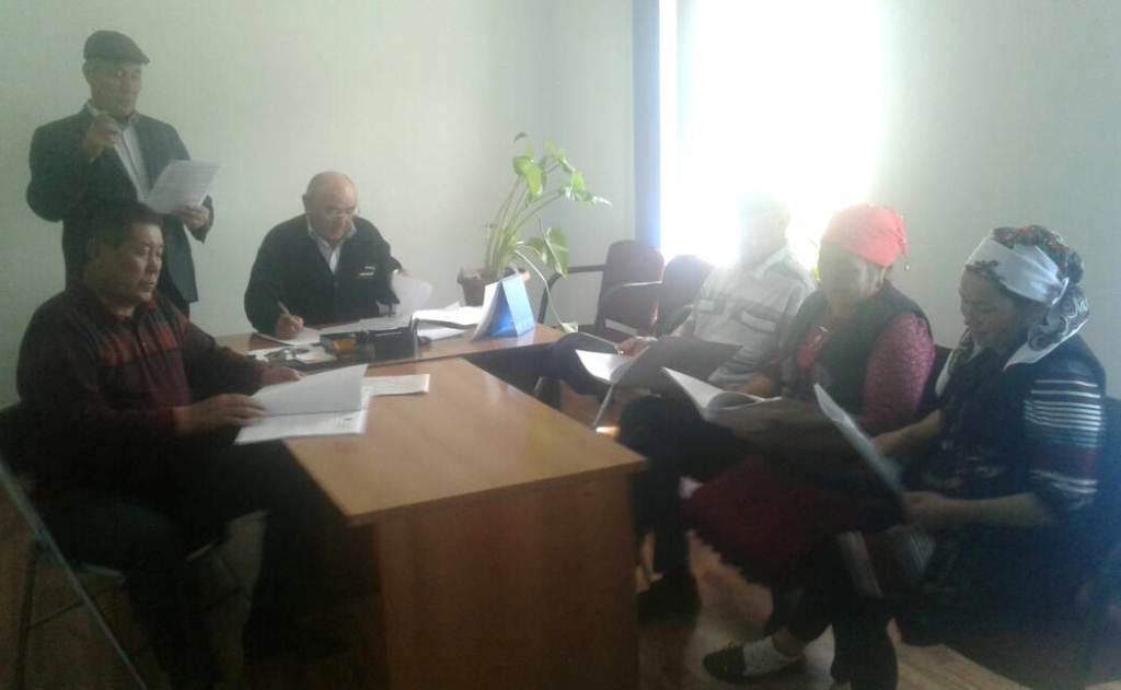 Государственные нотариусы Джалал-Абадской области продолжают проводить праворазъяснительную работу среди работников банковских учреждений